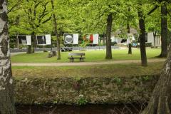 Aufhaengen-Bilder-Yvonne-Salzmann-BH-Umhaengen-Mai-Juni-11-2
